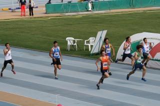 Alessandro Pino nella finale dei 200 agli italiani allievi 2009 di Grosseto