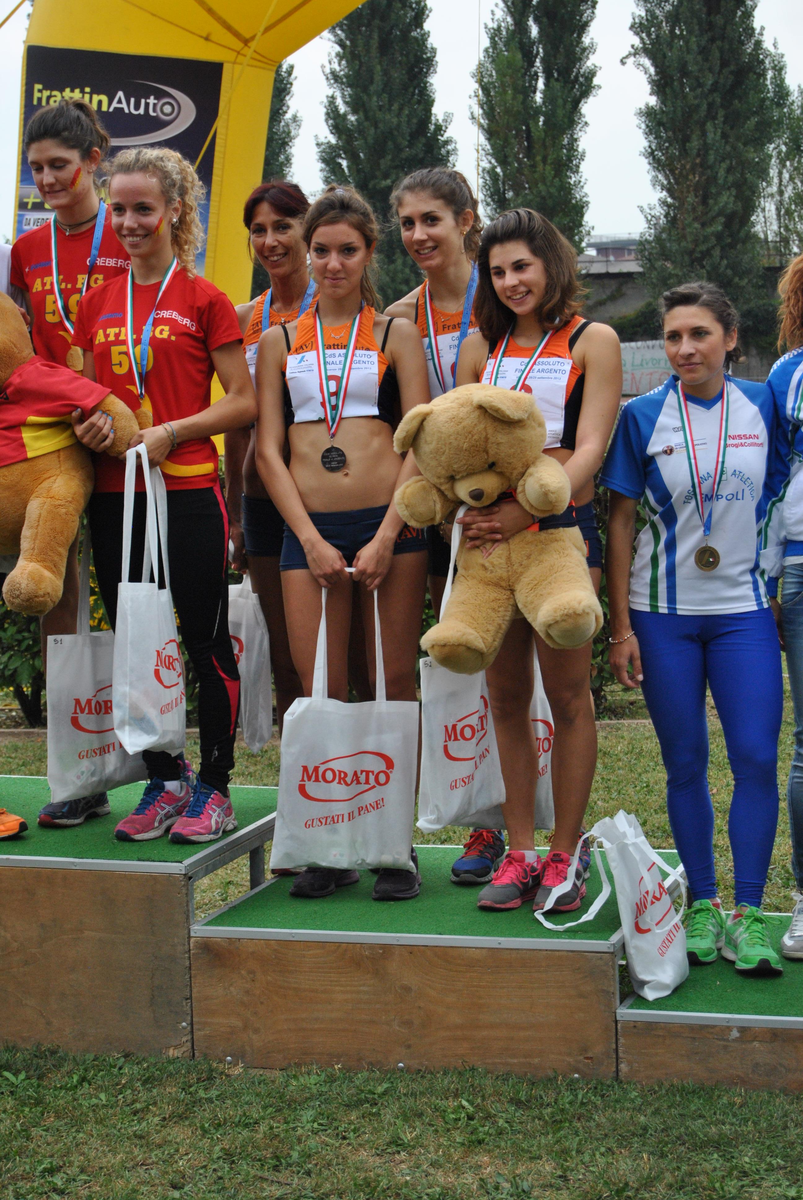 Av frattin auto donne conquista la serie a 2014 atletica for Galvan arredamenti