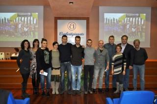 I campioni delle squadre assolute maschili e femminili dell'AV Frattin Auto con i veterani Diego Fortuna e Paolone Dal Soglio