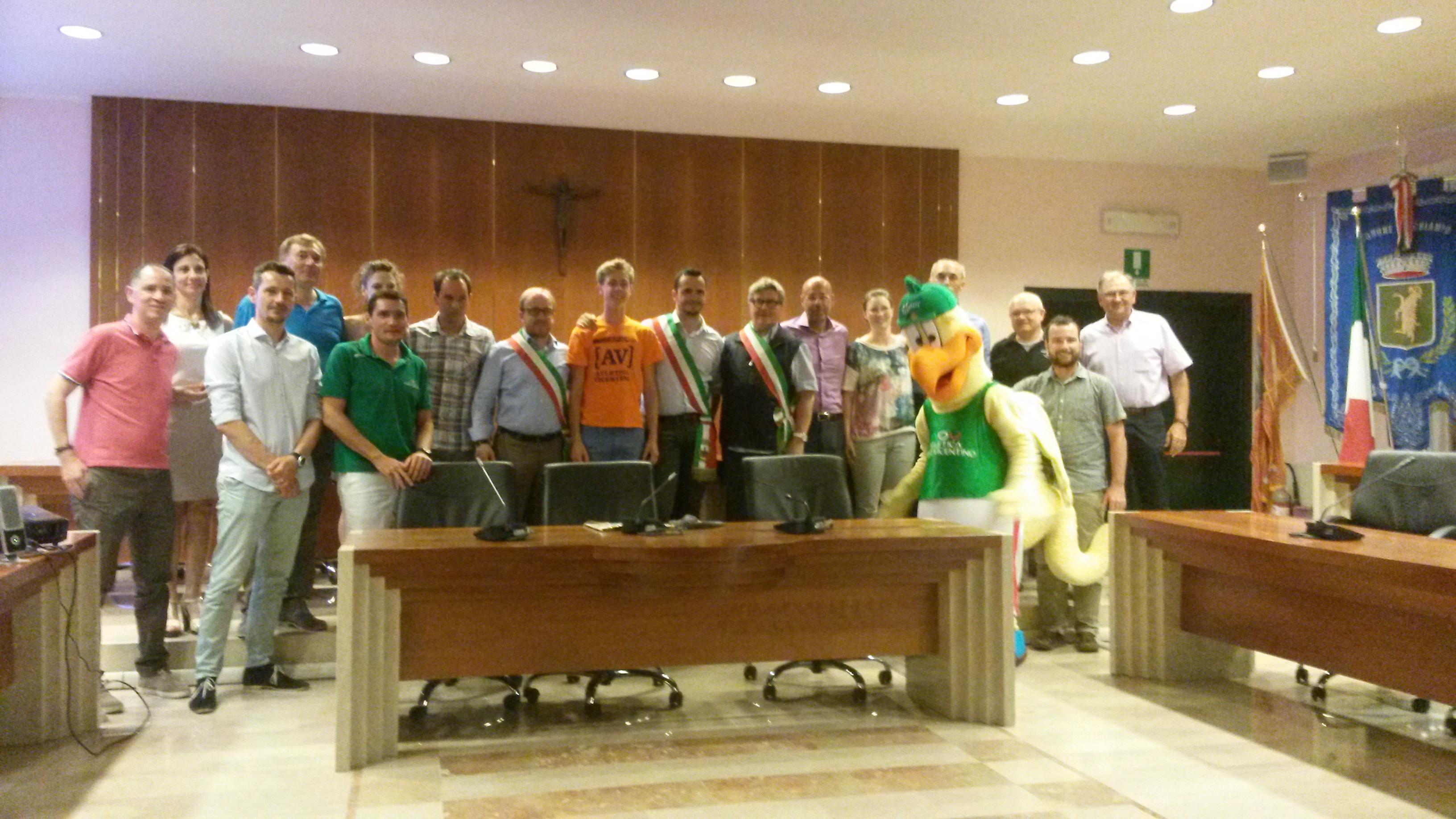 Rancan e mavi cestonaro sono arrivati in colombia for Ravelli arredamenti