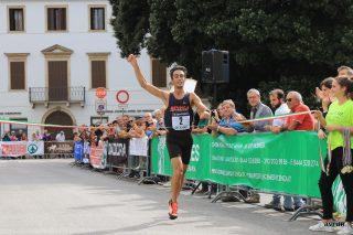 L'arrivo del vincitore Diego Avon